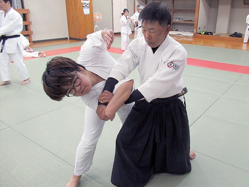 矢野友一師範(八段)